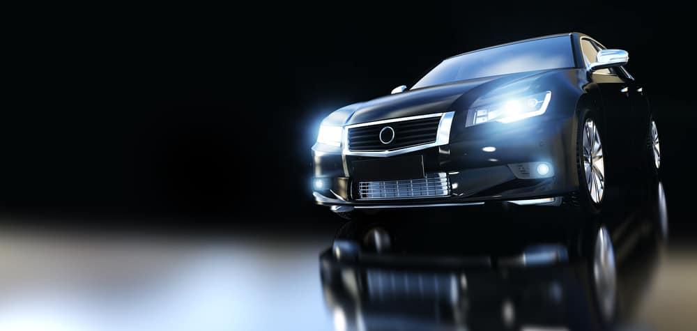 車のヘッドライトが暗い時の原因とは?対処法もあわせてご紹介します!